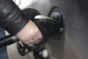 guantes-gasolinera-810x542